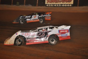 (5-28-16) Philip Thompson #24 - Chris Steele #222 (Volunteer Speedway)